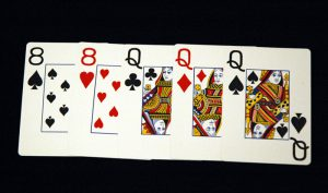 Jenis Susunan Kartu Terbaik Dalam Permainan Poker Online Terbaru Full House